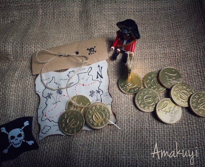 invitaciones o regalos para una fiesta pirata