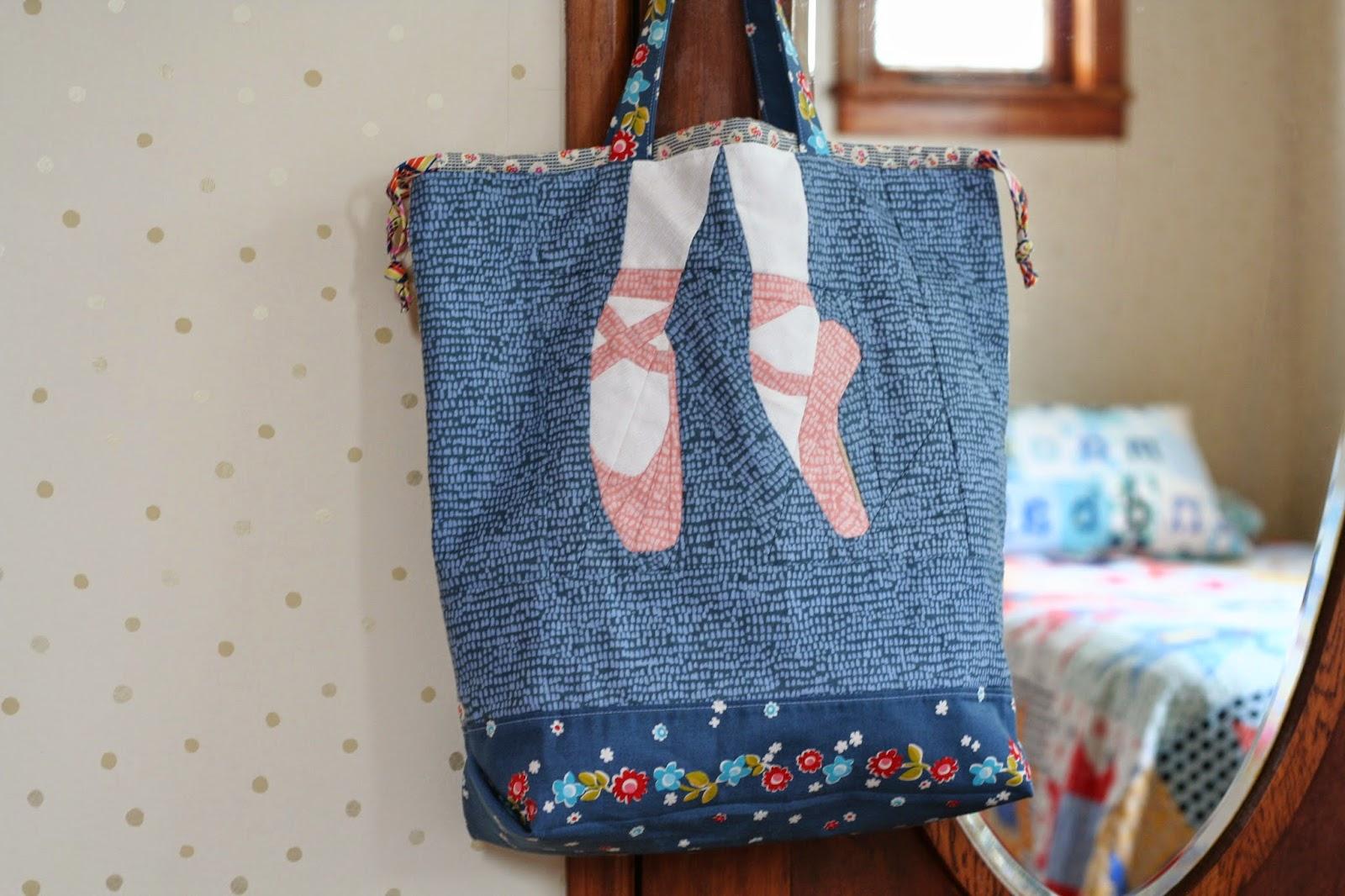 6c41dc5d6579 wooden spoon quilts  A Ballet Bag