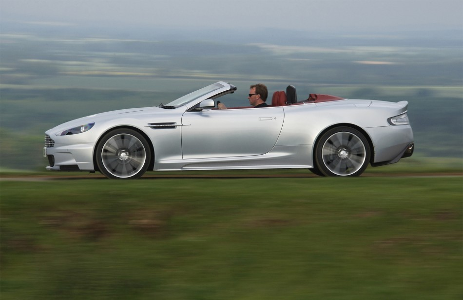 Car News And Show 2010 Aston Martin Dbs Volante