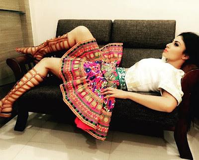 Mouni Roy hot
