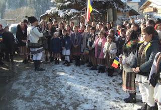 Sărbătorirea Zilei Naționale a României în Orașul Broșteni