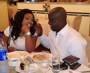 AT LAST!! Mr Lanre Gentry at last Openly Apologies To Estranged Wife Mercy Aigbe For Assaulting Her...(See Screen shot)