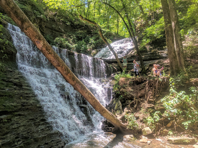 Photo of Jackson Falls in Tennessee