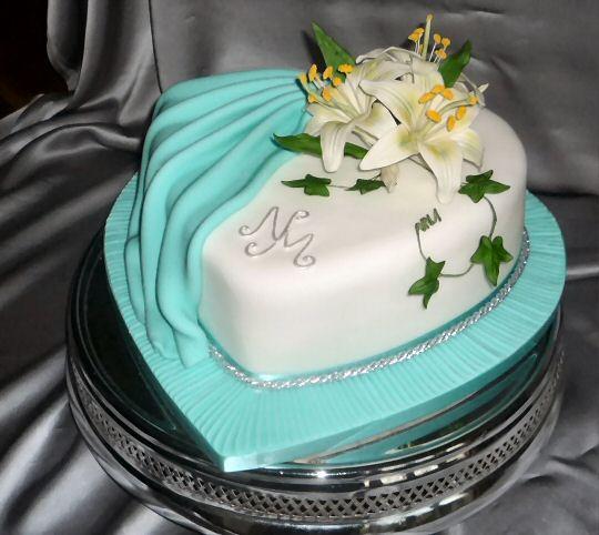wedding cakes by franziska turquoise wedding cake. Black Bedroom Furniture Sets. Home Design Ideas