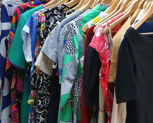 Bisnis dropship pakaian impor keren