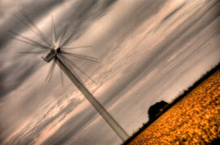 Multiple exposures of a wind turbine (Image Credit: Stefan Lins vis Flickr CC) Click to Enlarge.