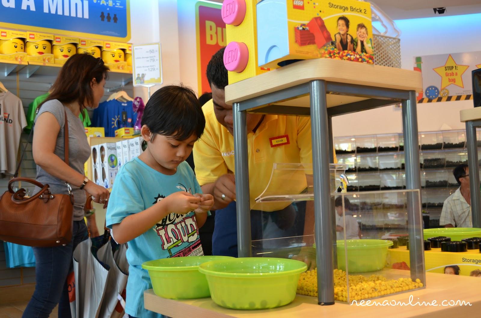Reena's Online: Legoland Malaysia : Kami Di Sini