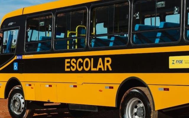 Criança é amarrada e agredida por 4 adolescentes dentro de ônibus escolar em Jacobina
