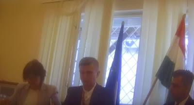 Украина высылает венгерского консула за тайную раздачу паспортов