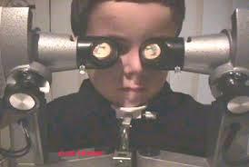 imagen de terapia visual en niño