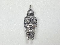 Amuletos con Forma Humana: Pacha Mama