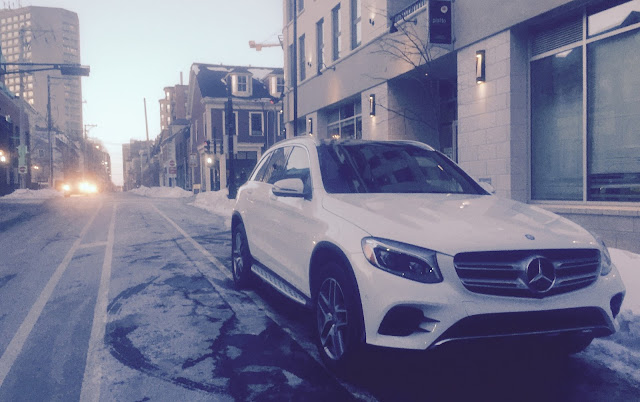 2016 Mercedes-Benz GLC300 4Matic front