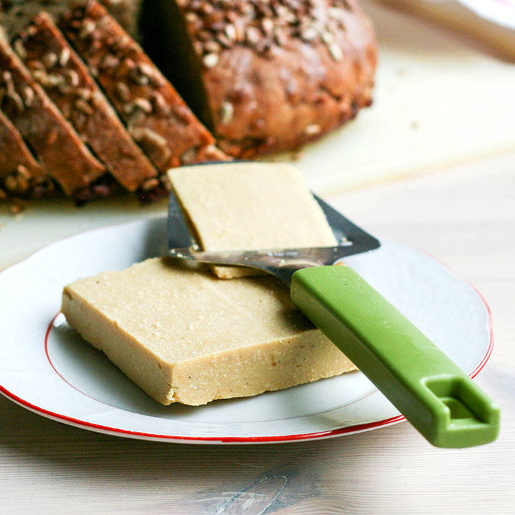 easy sliceable vegan cheese
