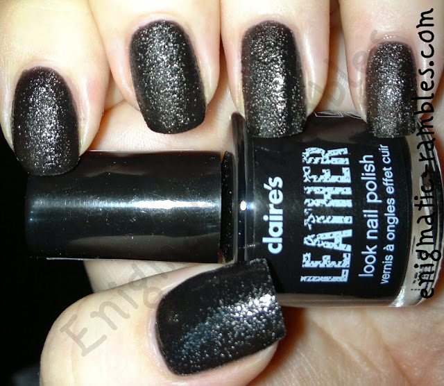 swatch-leather-look-black-polish