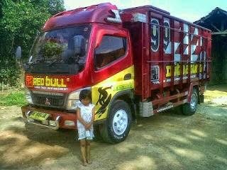 Foto gambar modifikasi mobil truck mitsubishi canter ceper keren terbaru