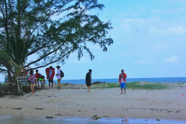Pantai di Pulau Tunjuk Batam