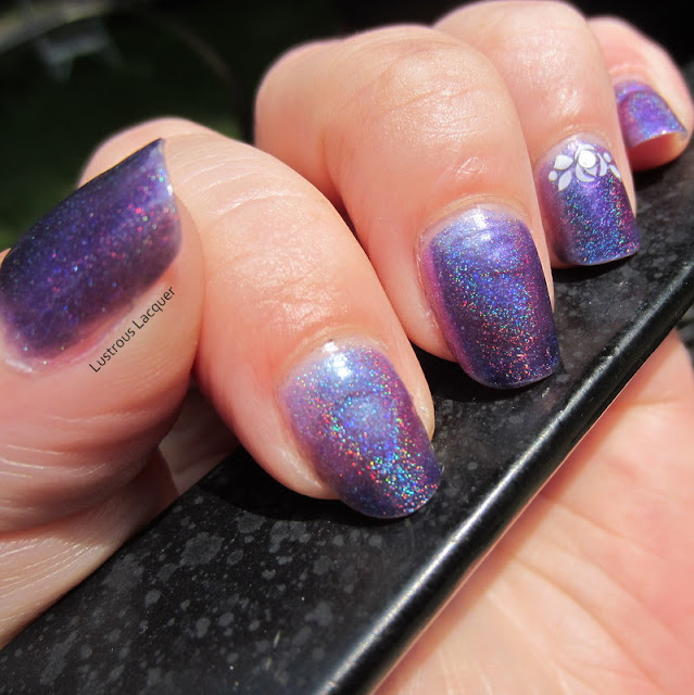 Darling-Diva-Soubrette-Multi-Chrome-Linear-Holographic