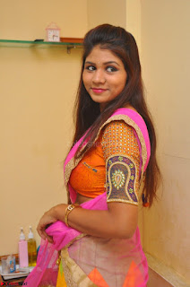 Lucky Sree in dasling Pink Saree and Orange Choli DSC 0329 1600x1063.JPG