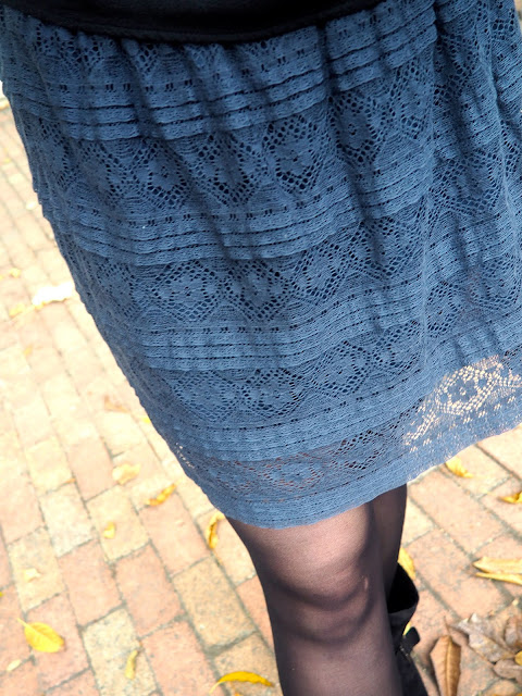 Night Skies - outfit close up details of lace design on dark blue skirt