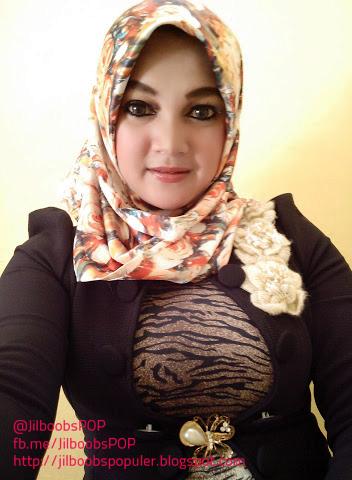 10 foto hijaber toket montok bikin merangsang   jilboobs