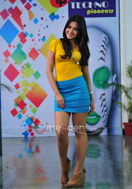 Catherine Tresa Hot Photos
