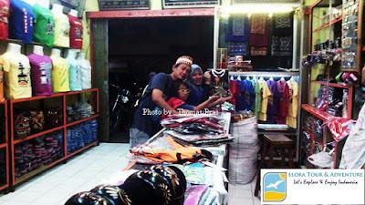 Mengunjungi Pusat oleh-oleh Bandar Lampung elora tour & adventure