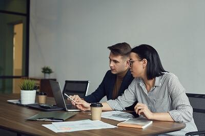4 Steps to Kickstart your online business!