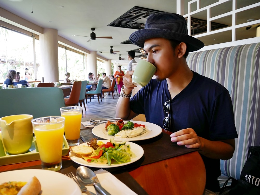 BUFFET BREAKFAST AT THE WESTIN RESORT NUSA DUA BALI