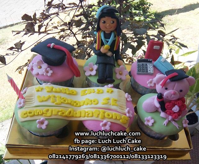Cupcake Hadiah Wisuda Surabaya - Sidoarjo