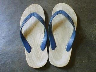 Sejarah Sandal Jepit Atau Sandal Jepang