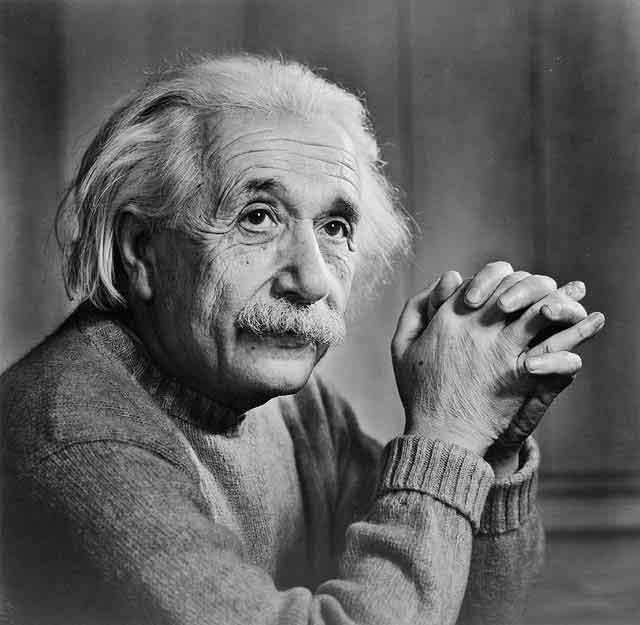 9 Hal ANEH Tentang Albert EINSTEIN