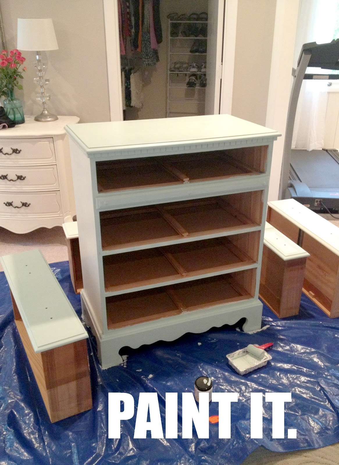 Astonishing Livelovediy How To Paint Laminate Furniture In 3 Easy Steps Interior Design Ideas Jittwwsoteloinfo