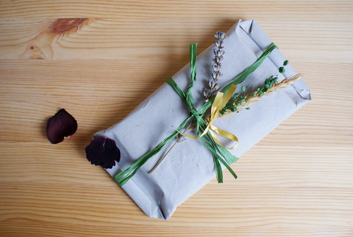 diy rustic wrapping gift francinesplace