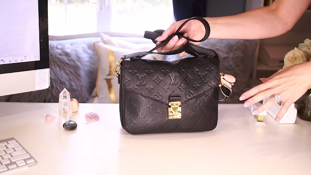 What Fits Inside A Louis Vuitton Pochette Metis www.Malenahaas.com