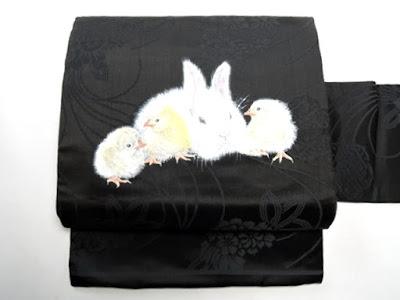 ウサギと雛のかわいい名古屋帯文様