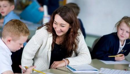 Pengertian Kompetensi Profesional Guru