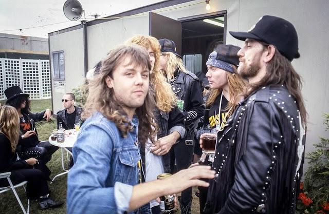 Fotografías en el Backstage de míticas bandas de Rock y Metal años 70 y 80