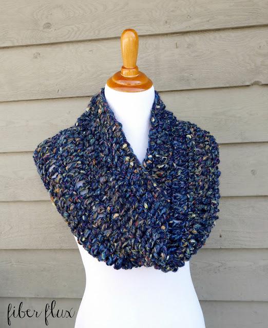 Quickie Cowl Knitting Pattern : Fiber Flux: Free Crochet Pattern...Night Sky Cowl!
