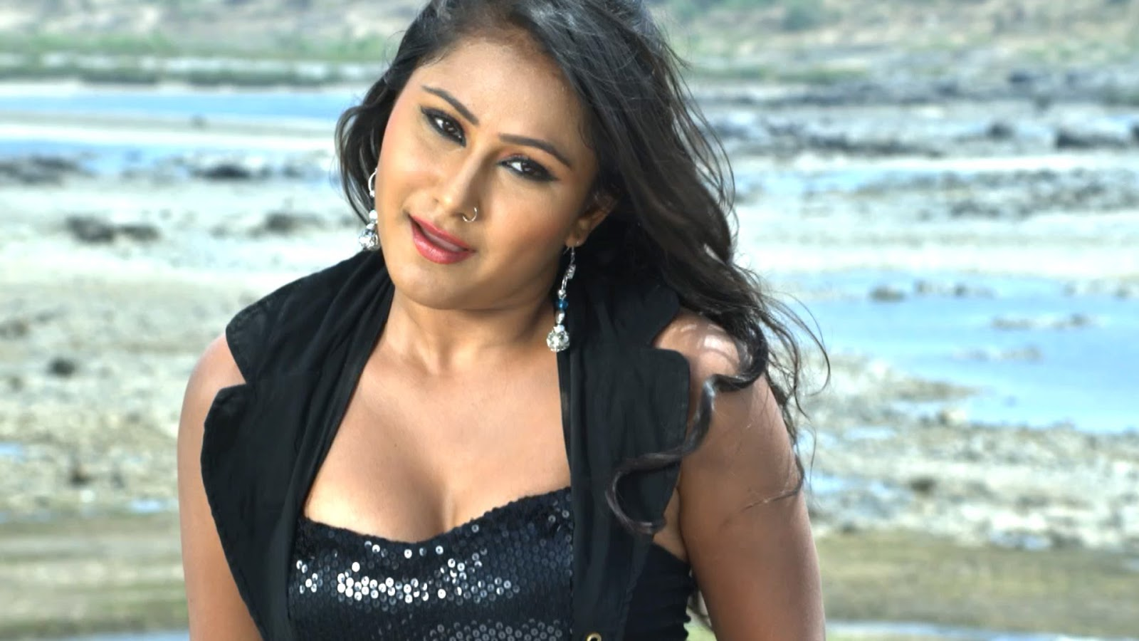 Rani Chatterjee, Priyanka Pandit 2016 Bhojpuri upcoming Hero Uhe Je Heroine Leke Jaye wiki, Shooting, release date, HD Poster, Hot pics, Latest news info