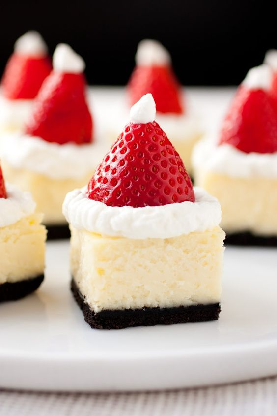 Santa Hat Cheesecake Bites #DESSERT #CHRITMAS