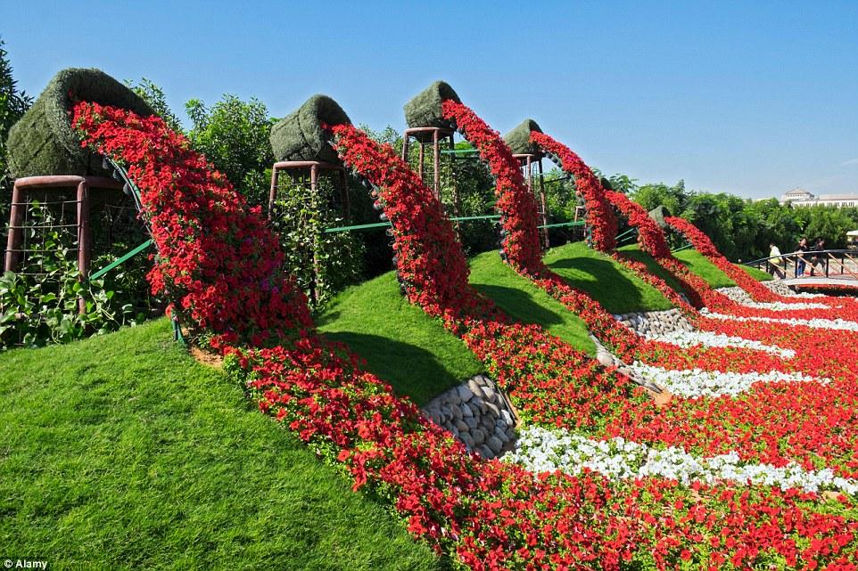 植物園地: 世界最大花圃World's largest flower garden (李綺碧提供) (09/04/15) - photo#38