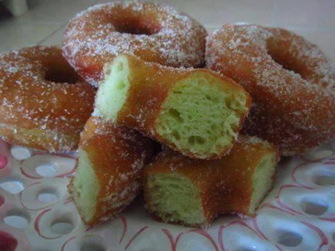 Resepi Donut Pandan Gebu Gebasss Yang Mudah, Sedap dan Tak ...