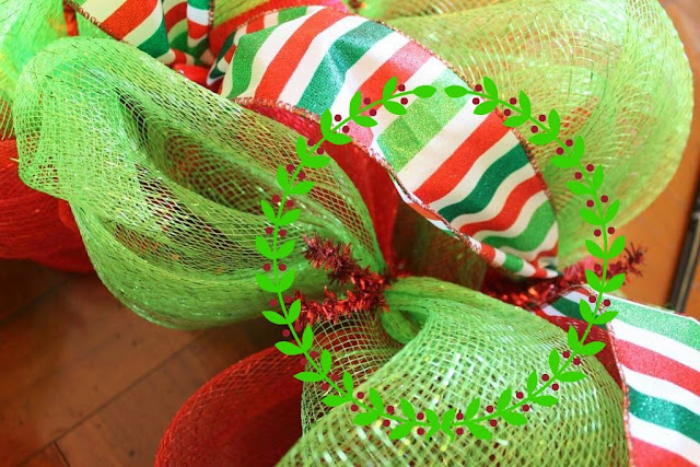 how to hide holes in mesh wreath