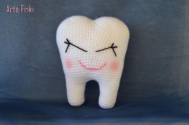 diente amigurumi tooth muela crochet ganchillo peluche kawaii