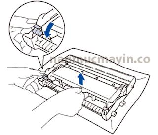 Thay mực máy in Brother MFC L2701D - Mực in TN2385 Bước 3