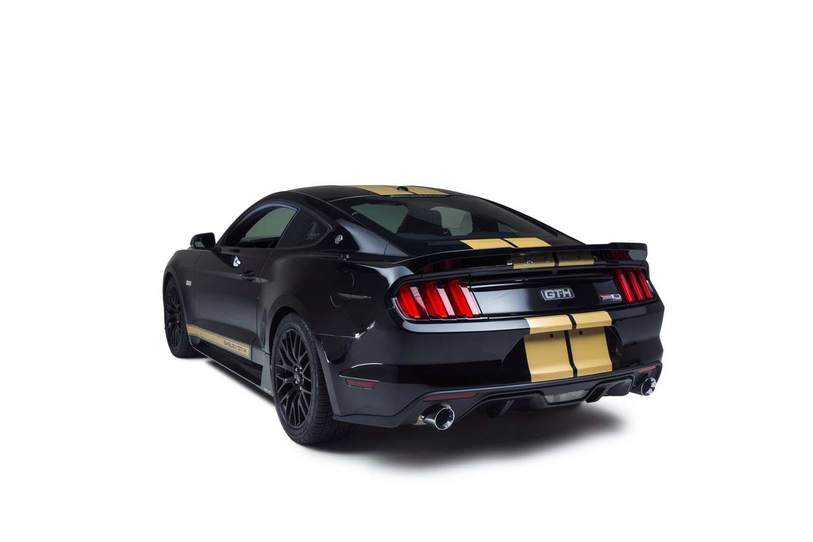 buy fords  shelby gt     rent   hertz carscoops