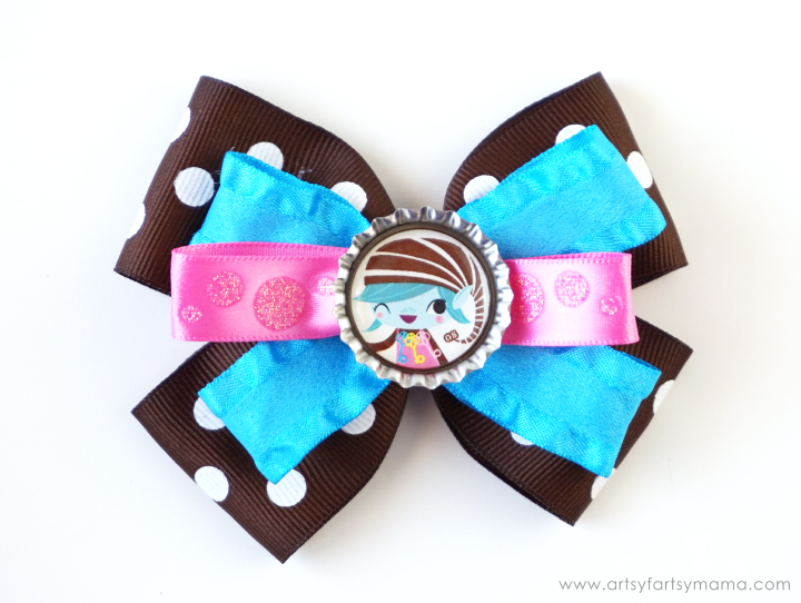 Girl Scout Bottle Cap Hair Bows at artsyfartsymama.com