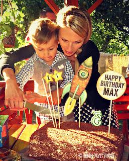Rocketship Birthday cake - Robin Davis Studio