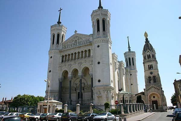 Passeio pela Notre-Dame de Fourrière de Lyon