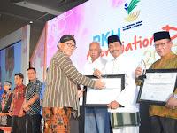 Upaya PEMKAB GRESIK Mengentas Kemiskinan Berbuah Penghargaan dari Menteri Sosial RI